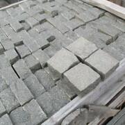 brukivka-granitna-francuzka